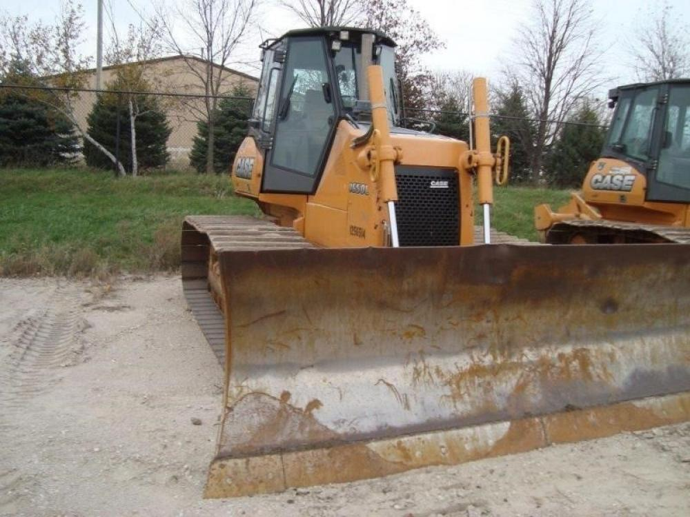 Detail photo of 2012 Case 1650L from Construction Equipment Guide