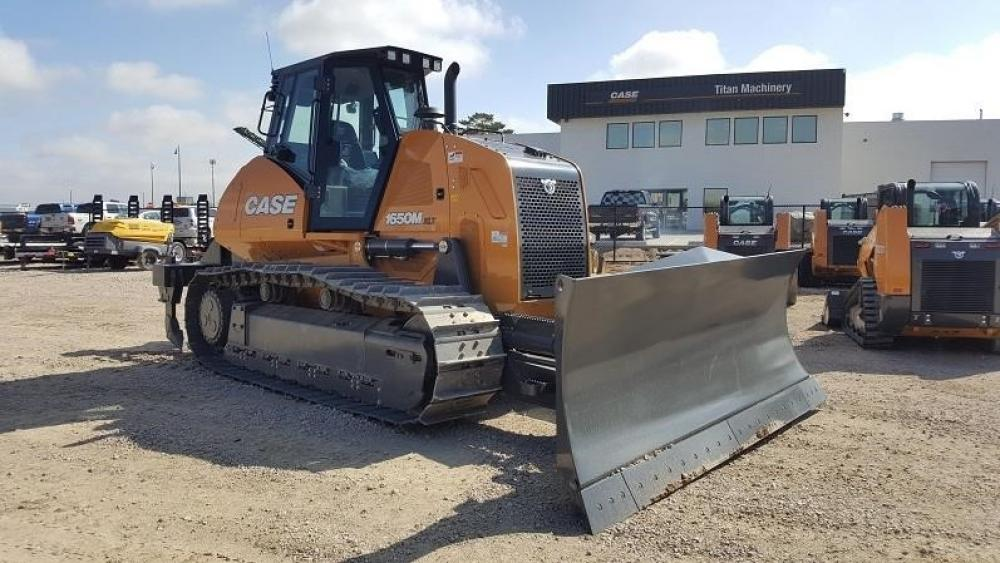 Detail photo of 2017 Case 1650M XLT from Construction Equipment Guide