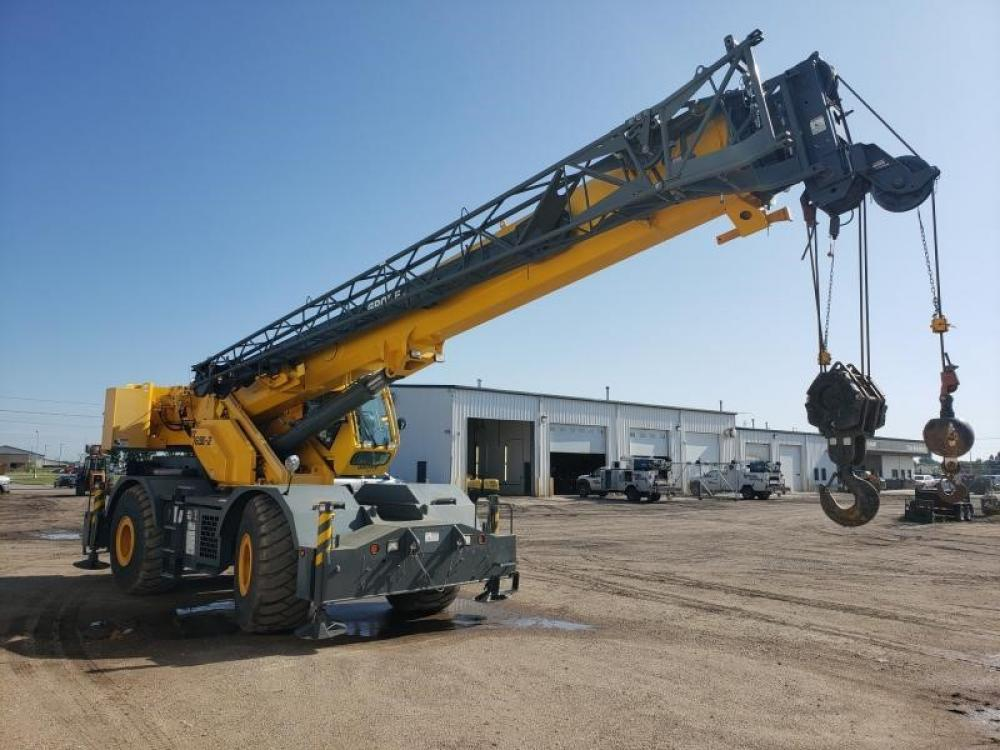 Detail photo of 2011 Grove RT765E2 from Construction Equipment Guide
