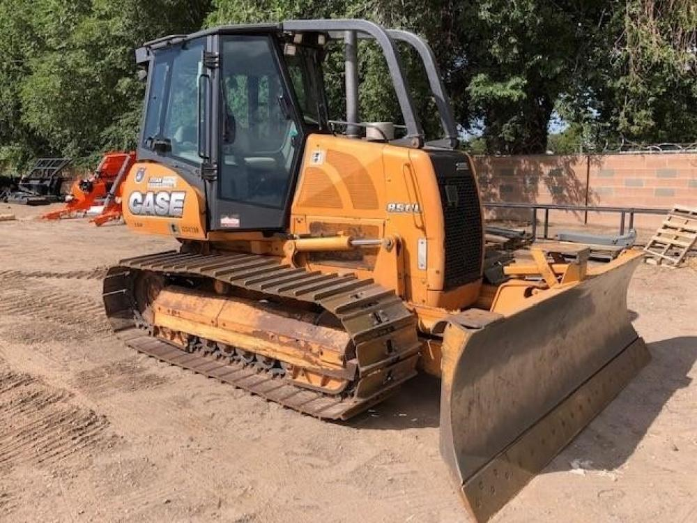Detail photo of 2012 Case 850L from Construction Equipment Guide