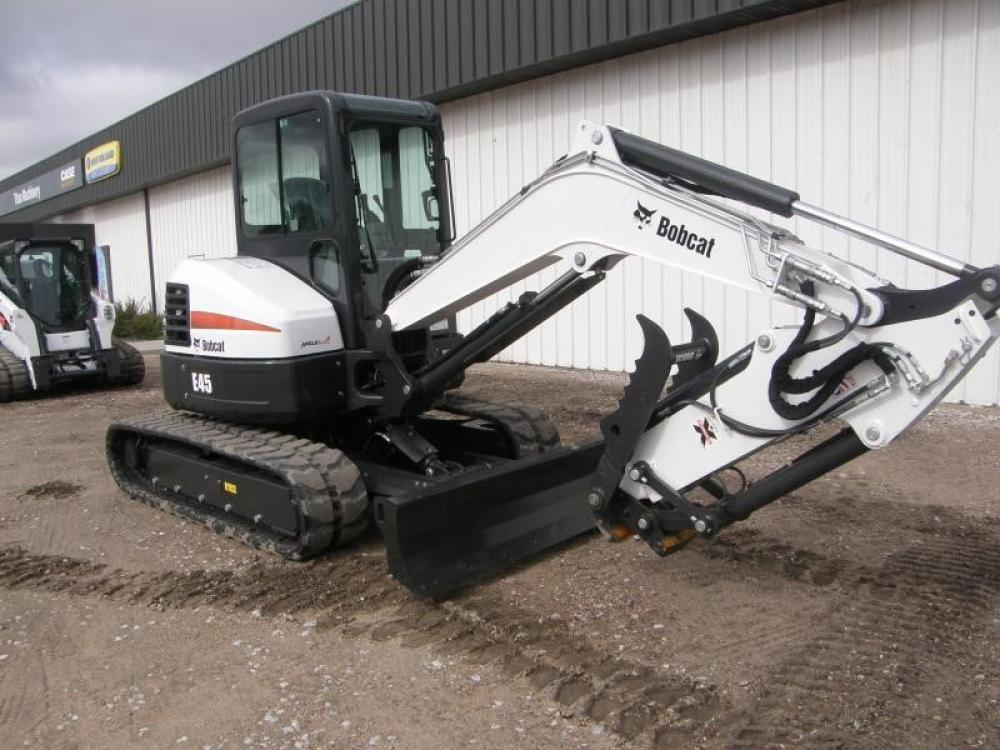 Detail photo of 2018 Bobcat E45 from Construction Equipment Guide