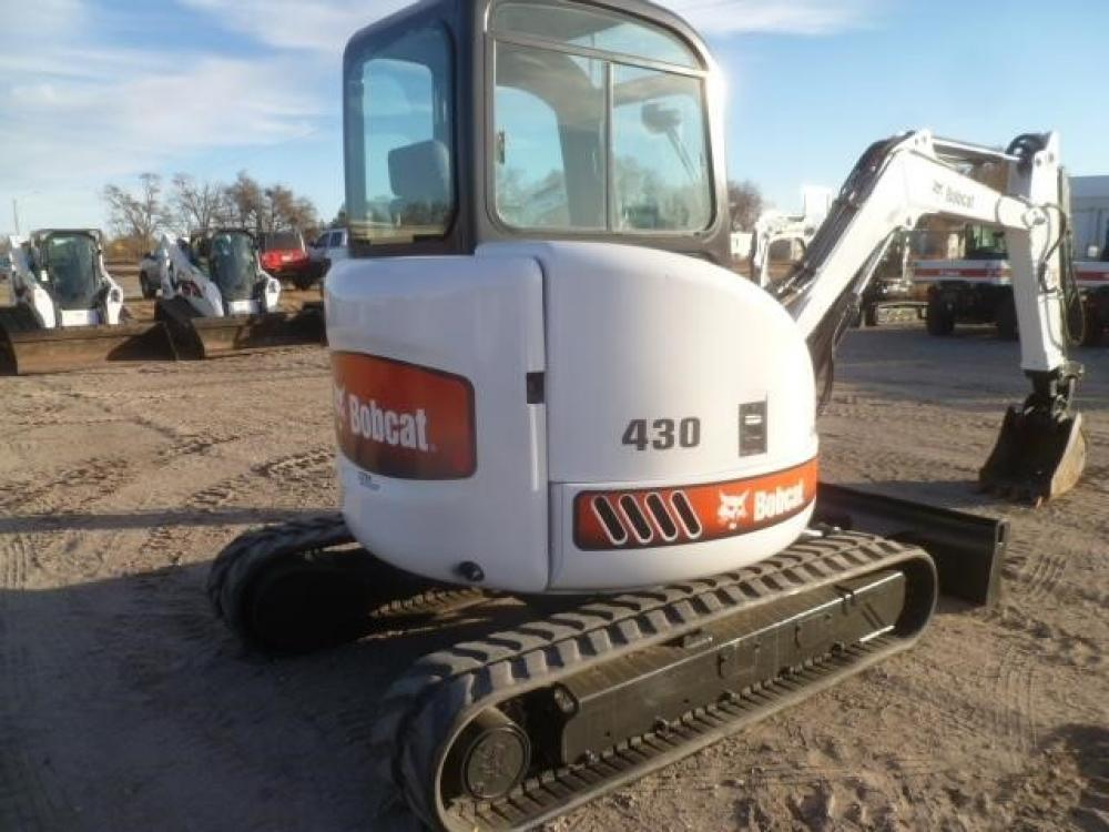 Detail photo of 2007 Bobcat 430 from Construction Equipment Guide