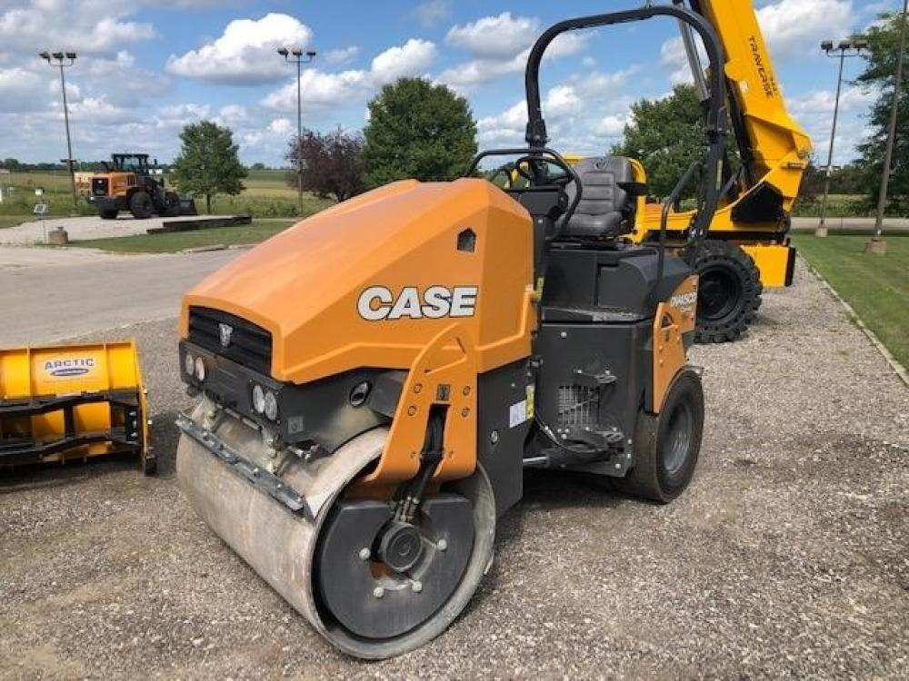 Detail photo of 2019 Case DV45 from Construction Equipment Guide