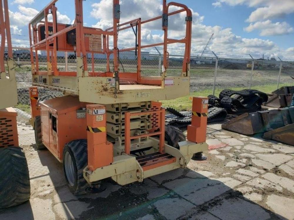 Detail photo of 2011 JLG 260MRT from Construction Equipment Guide