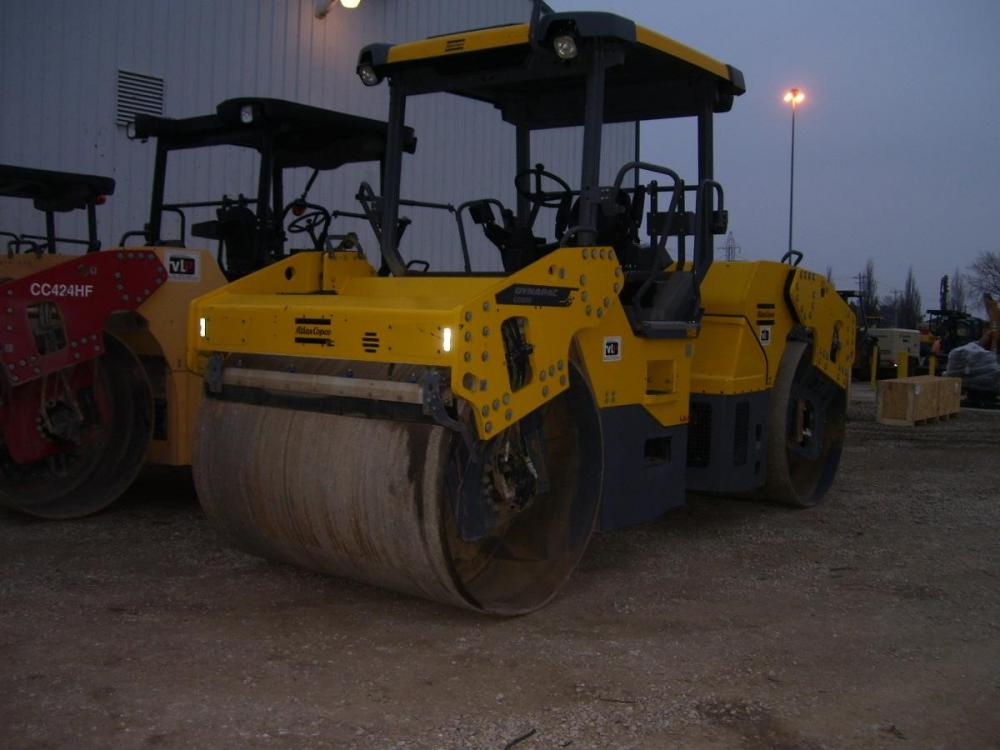 Detail photo of 2014 Dynapac CC4200 from Construction Equipment Guide