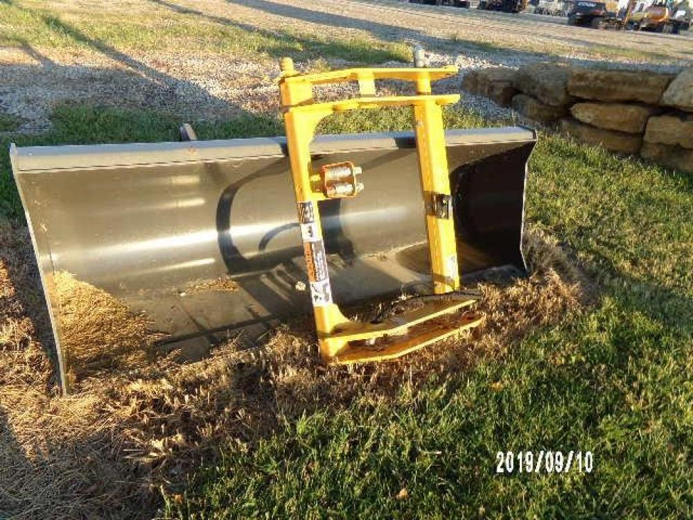 Detail photo of 2015 Case 93 IN. QC BUCKET AND COUPLER FOR 580SN from Construction Equipment Guide