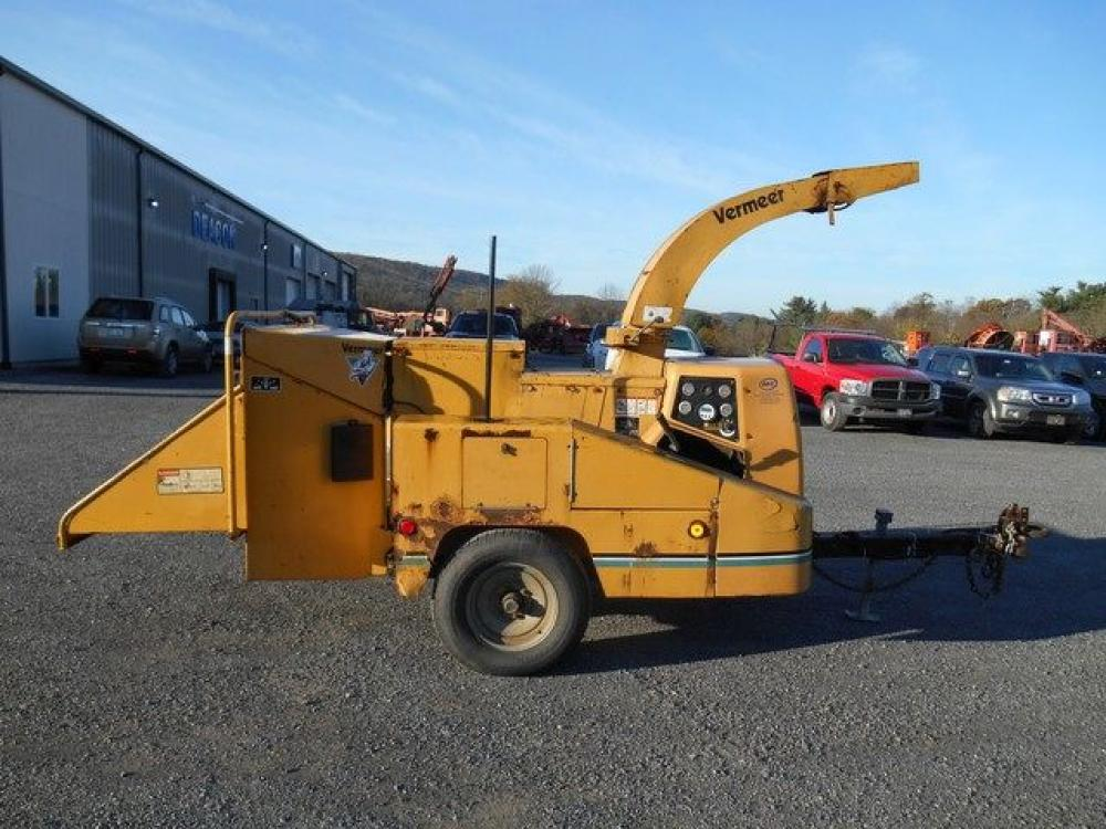 Detail photo of 2000 Vermeer BC1000 from Construction Equipment Guide