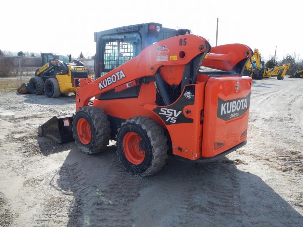 Detail photo of 2016 Kubota SSV75 from Construction Equipment Guide