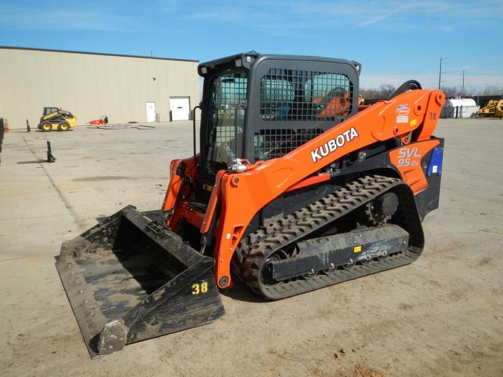 Detail photo of 2017 Kubota SVL95-2S from Construction Equipment Guide