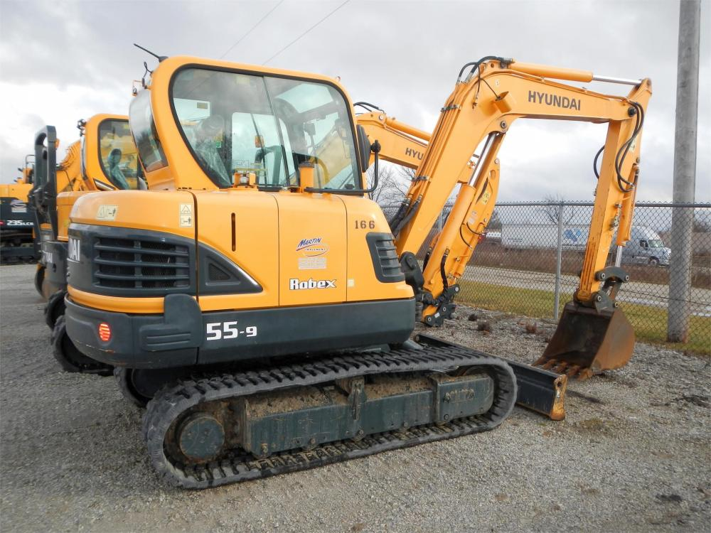 Detail photo of 2014 Hyundai ROBEX 55-9 from Construction Equipment Guide