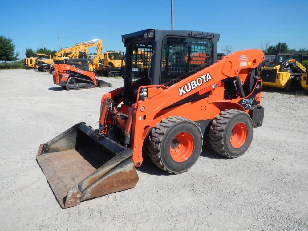Detail photo of 2016 Kubota SSV75 from Construction Equipment Guide