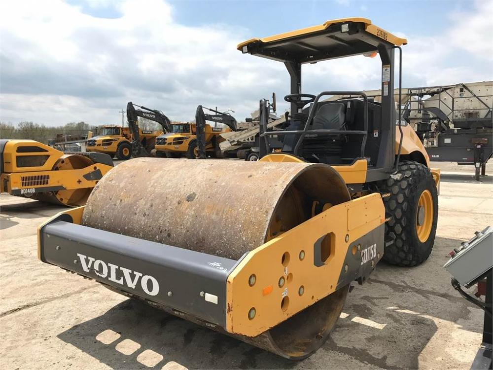 Detail photo of 2016 Volvo SD115B from Construction Equipment Guide