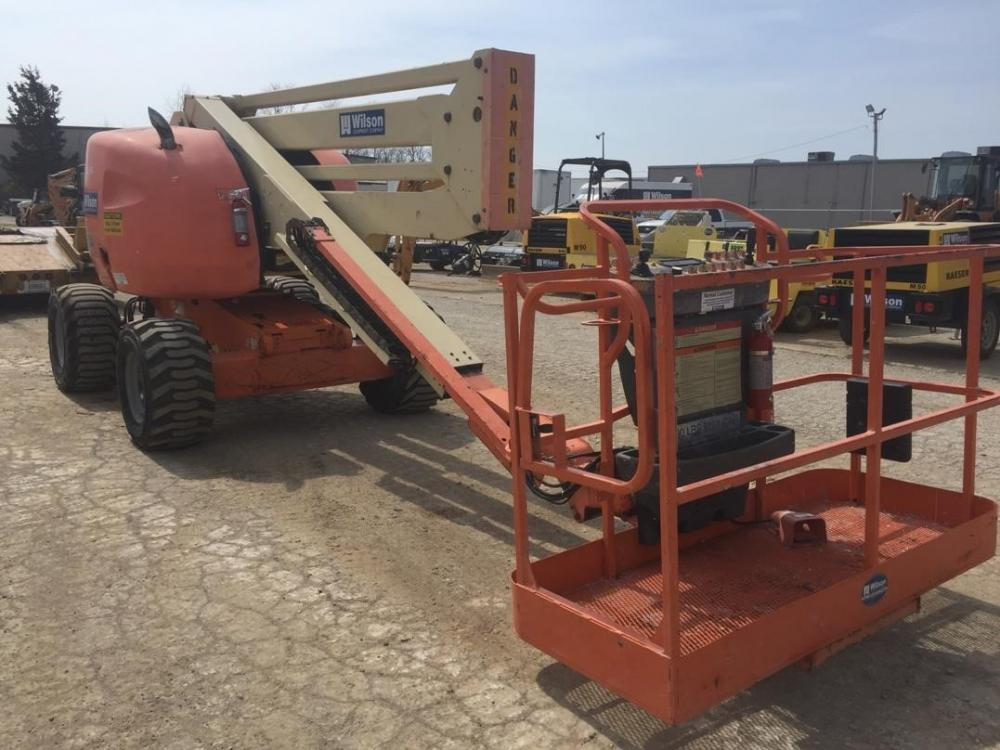 Detail photo of 2003 JLG 450A from Construction Equipment Guide