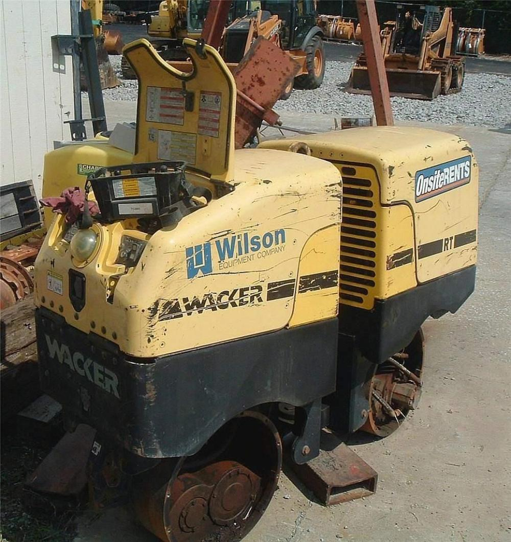 Detail photo of 2004 Wacker Neuson RT 82SC from Construction Equipment Guide