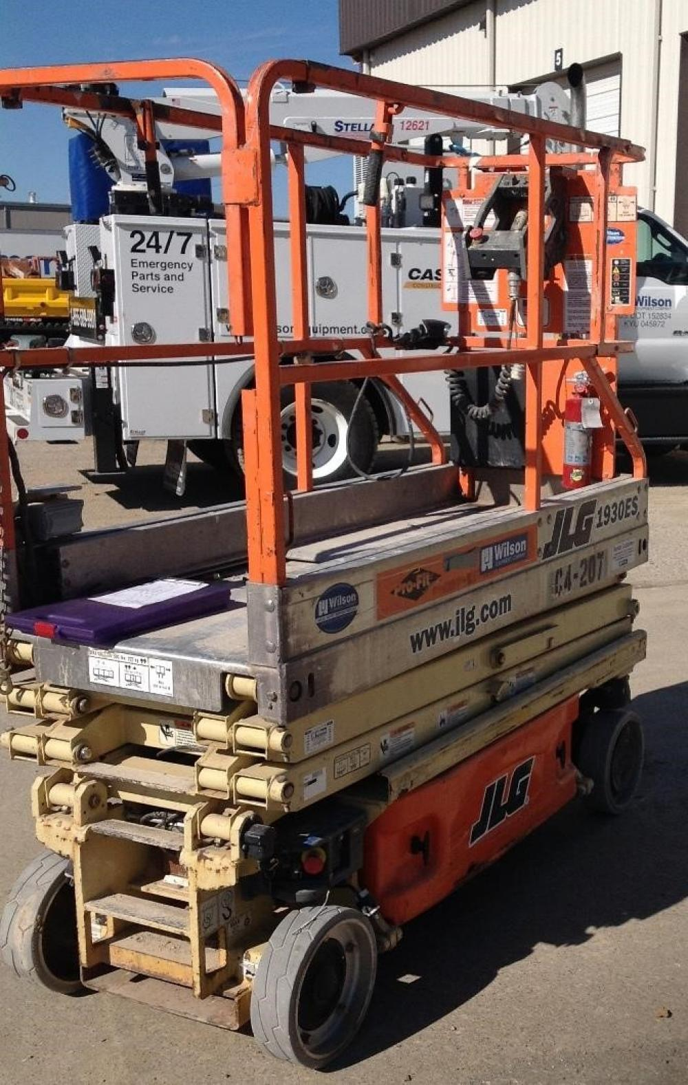 Detail photo of 2005 JLG 1930ES from Construction Equipment Guide