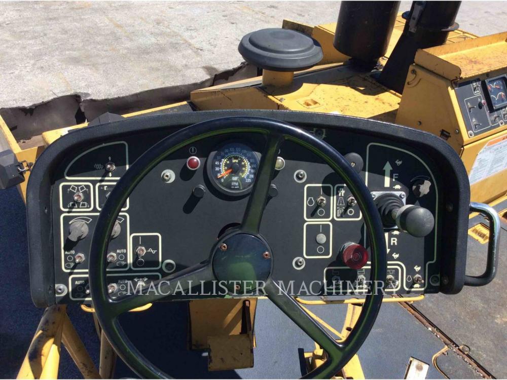 Detail photo of 2006 Caterpillar AP1000D from Construction Equipment Guide