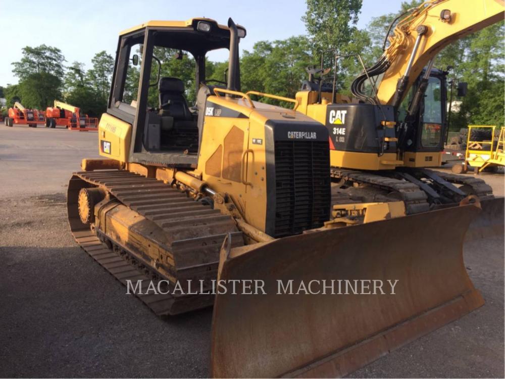Detail photo of 2010 Caterpillar D5K LGP from Construction Equipment Guide