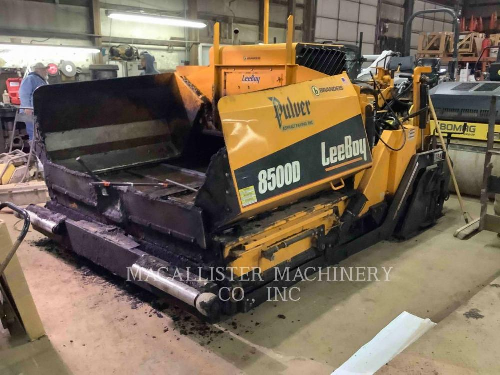 Detail photo of 2016 LeeBoy 8500D from Construction Equipment Guide