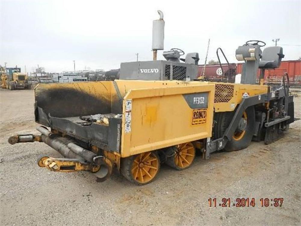 Detail photo of 2008 Blaw Knox PF3172 from Construction Equipment Guide