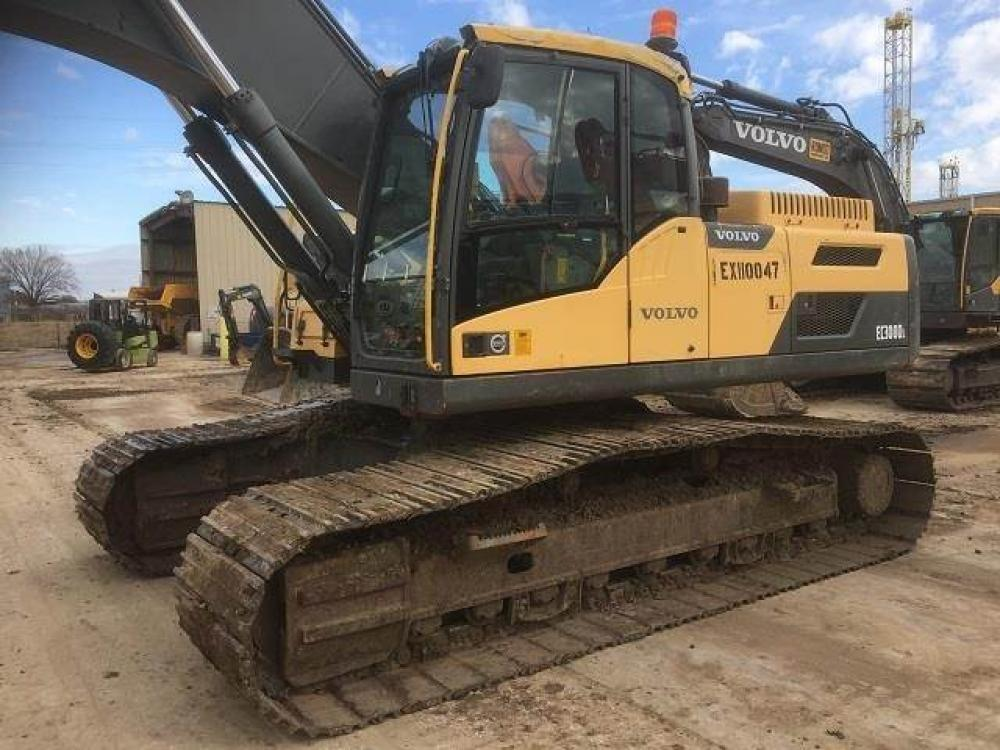 Detail photo of 2011 Volvo EC300DL from Construction Equipment Guide