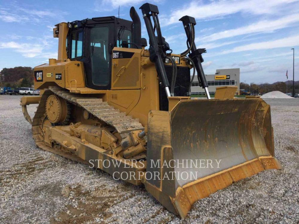 Detail photo of 2017 Caterpillar D6T XL from Construction Equipment Guide