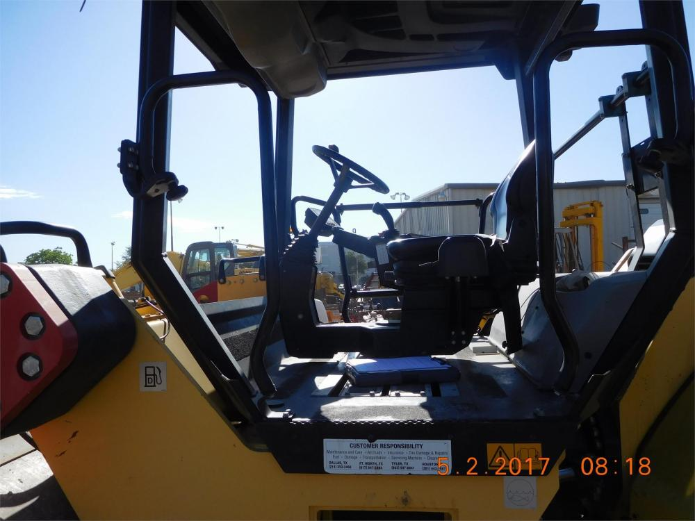 Detail photo of 2012 Dynapac CC624HF from Construction Equipment Guide