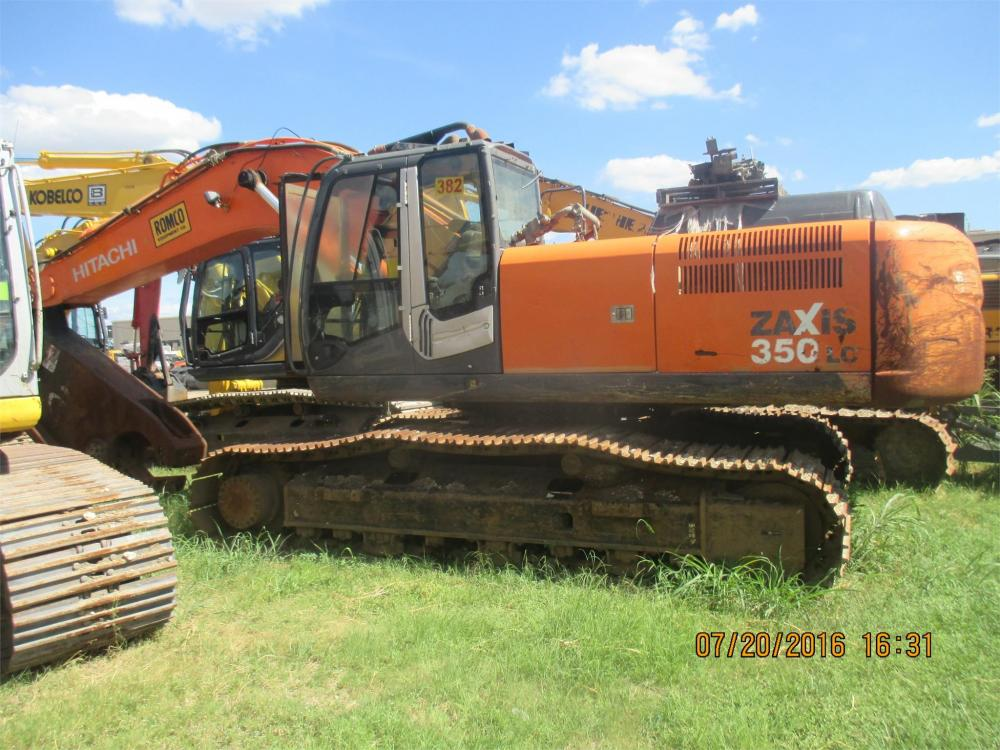 Detail photo of 2010 Hitachi ZX350LC-3 from Construction Equipment Guide