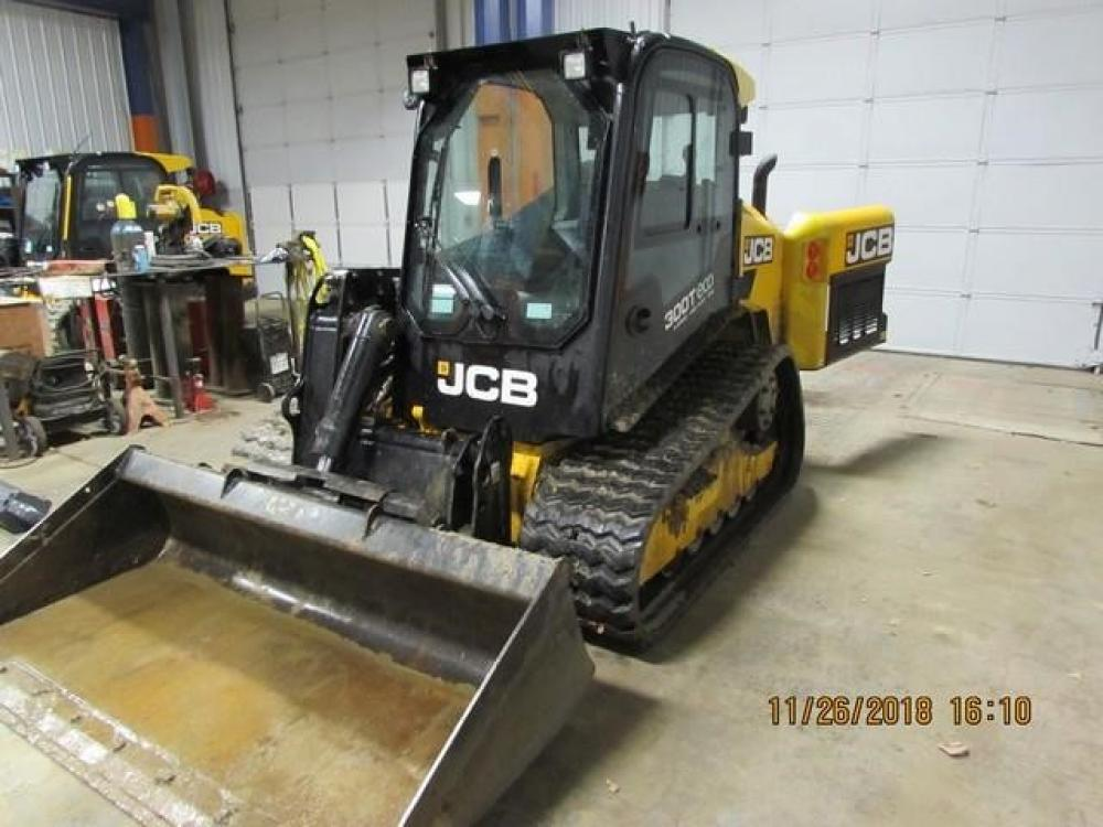 Detail photo of 2015 JCB 300T from Construction Equipment Guide