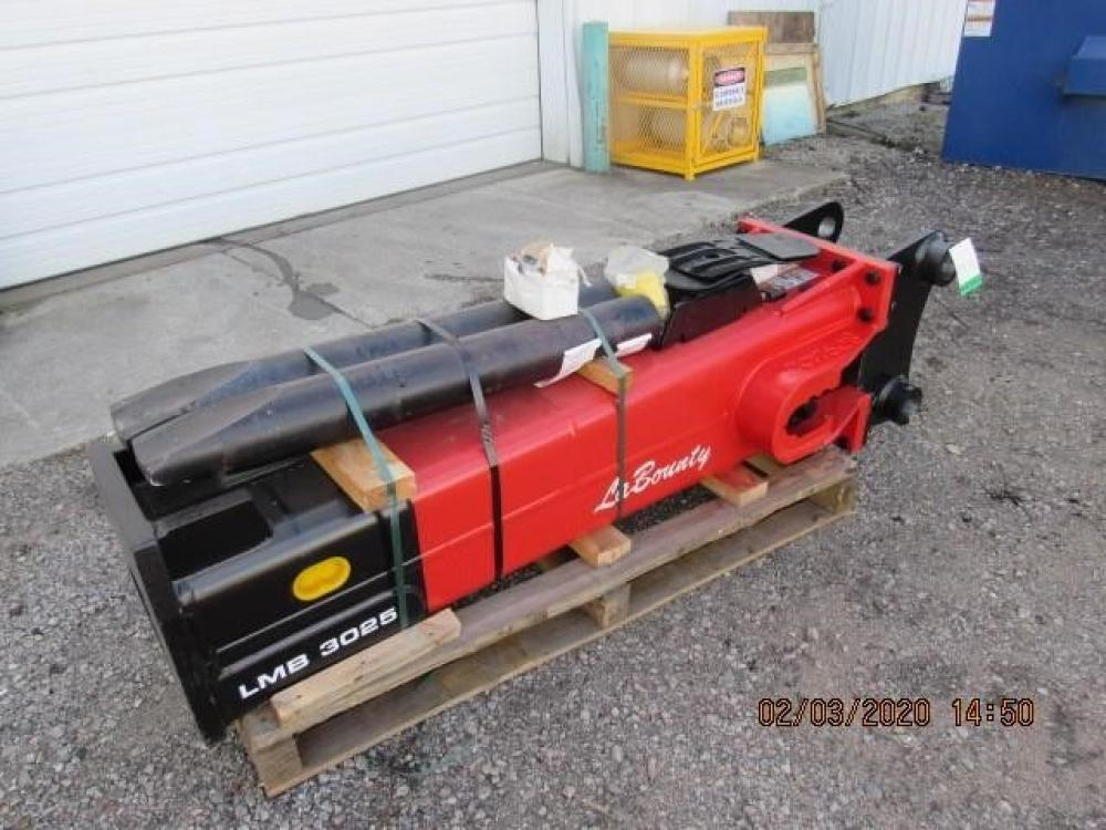 Detail photo of 2020 LaBounty LMB3025 from Construction Equipment Guide