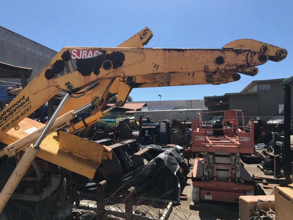 Detail photo of 1999 Fermec 640 from Construction Equipment Guide