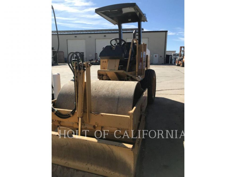 Detail photo of 2008 Caterpillar CS323 from Construction Equipment Guide