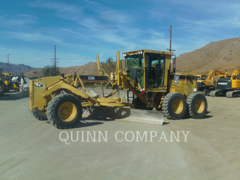 Detail photo of 1997 Caterpillar 120H from Construction Equipment Guide