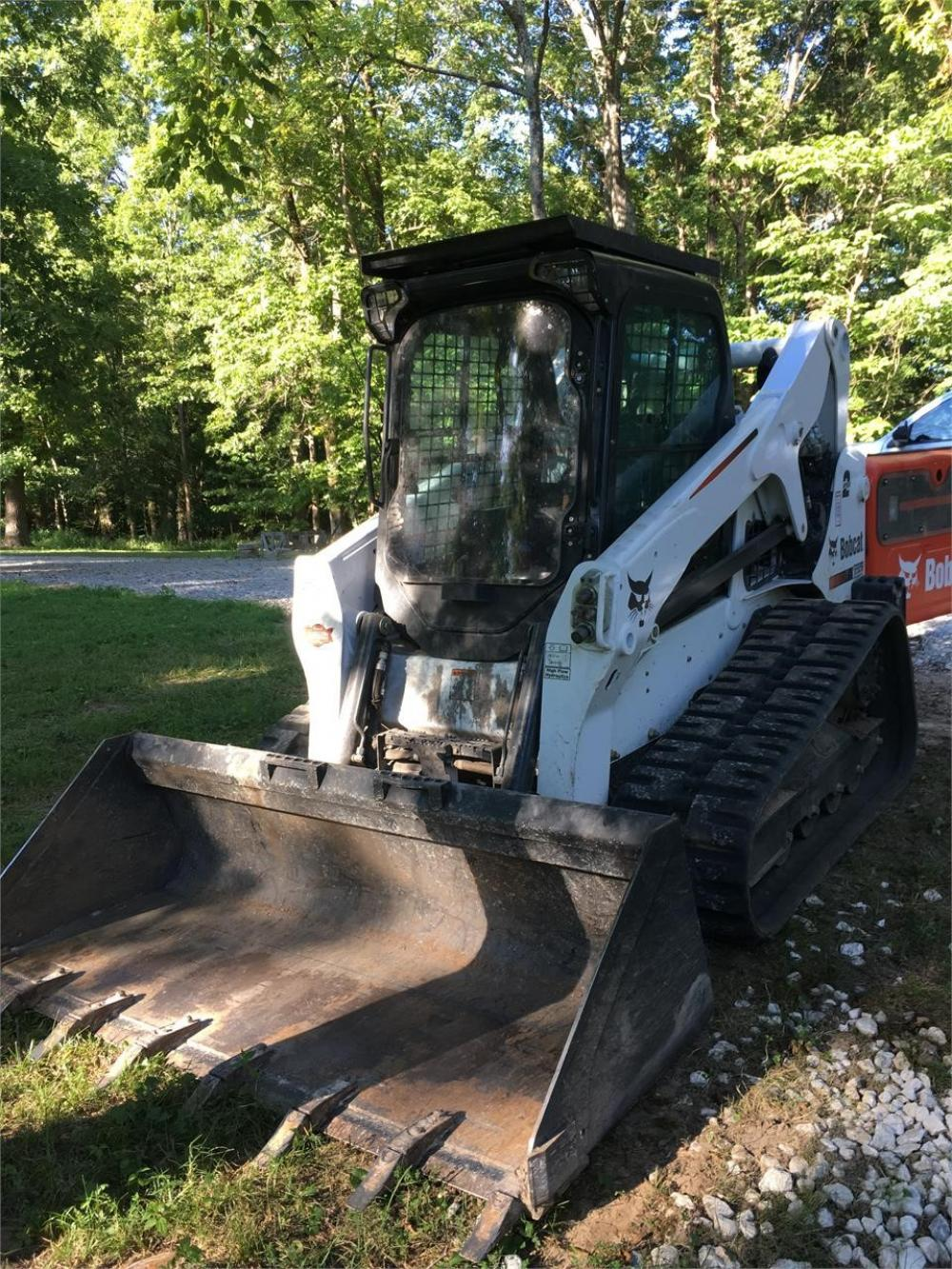 Detail photo of 2016 Bobcat T650 from Construction Equipment Guide