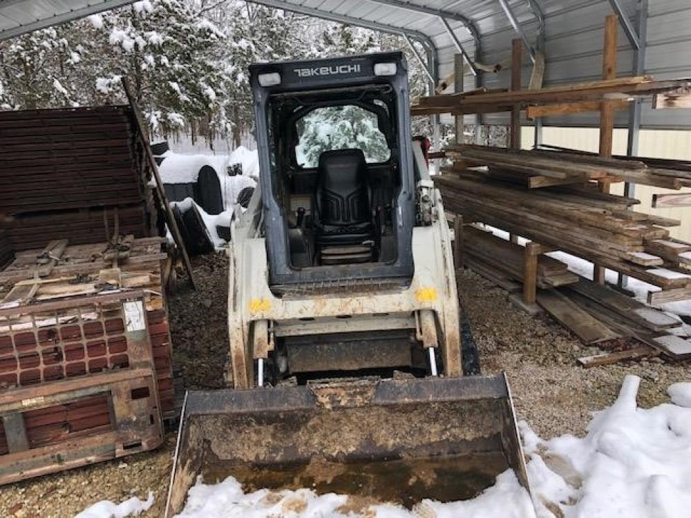 Detail photo of 2012 Takeuchi TL230 from Construction Equipment Guide