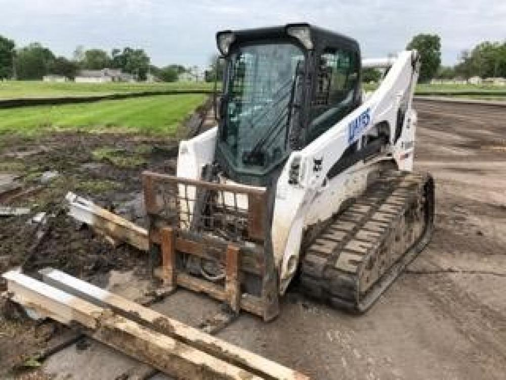Detail photo of 2016 Bobcat T870 from Construction Equipment Guide