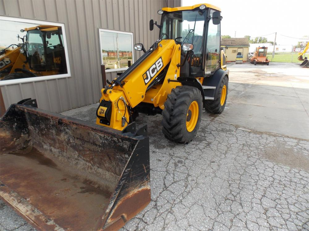 Detail photo of 2015 JCB TM220 from Construction Equipment Guide