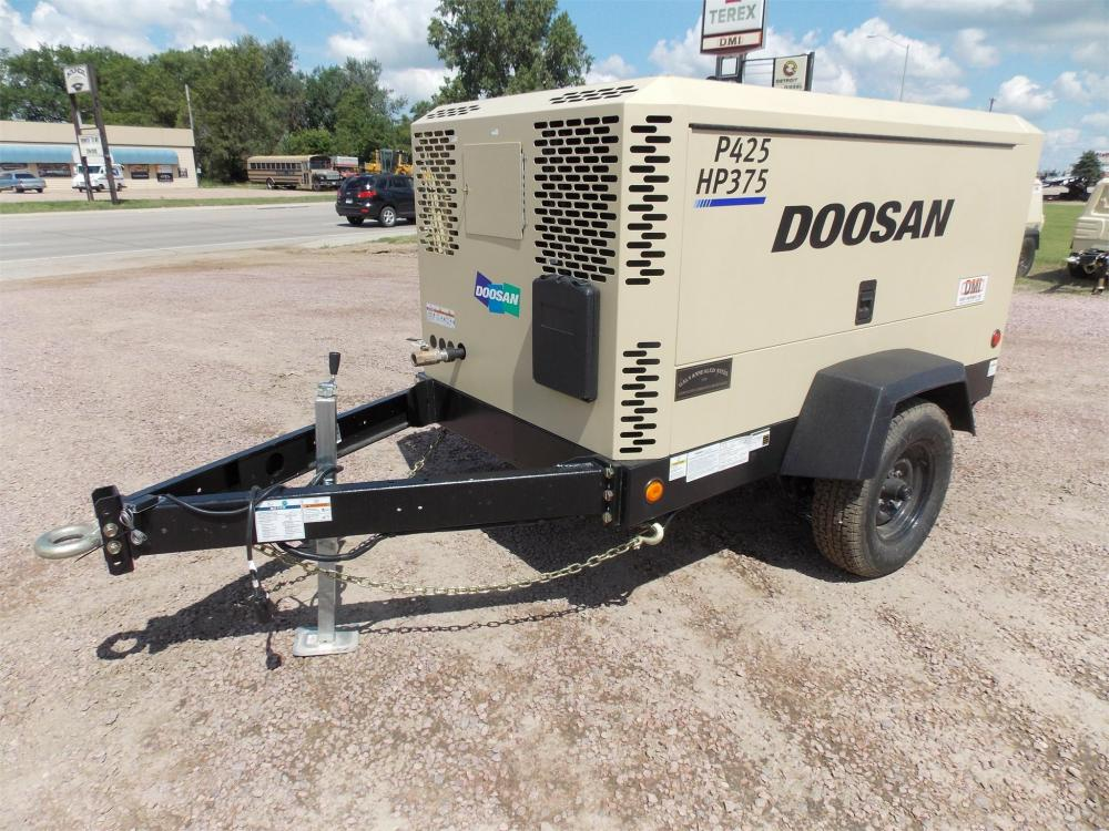 Detail photo of 2015 Doosan P425/HP375WCU-T4I from Construction Equipment Guide