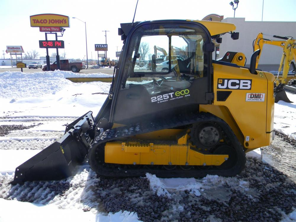 Detail photo of 2016 JCB 225T from Construction Equipment Guide