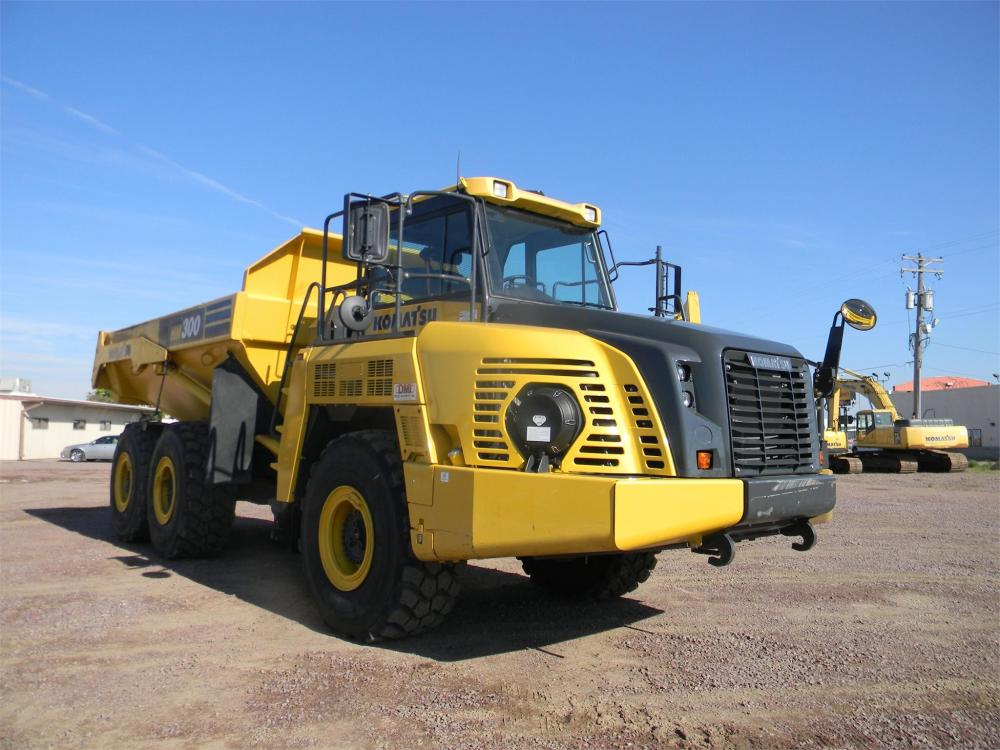 Detail photo of 2015 Komatsu HM300-5 from Construction Equipment Guide