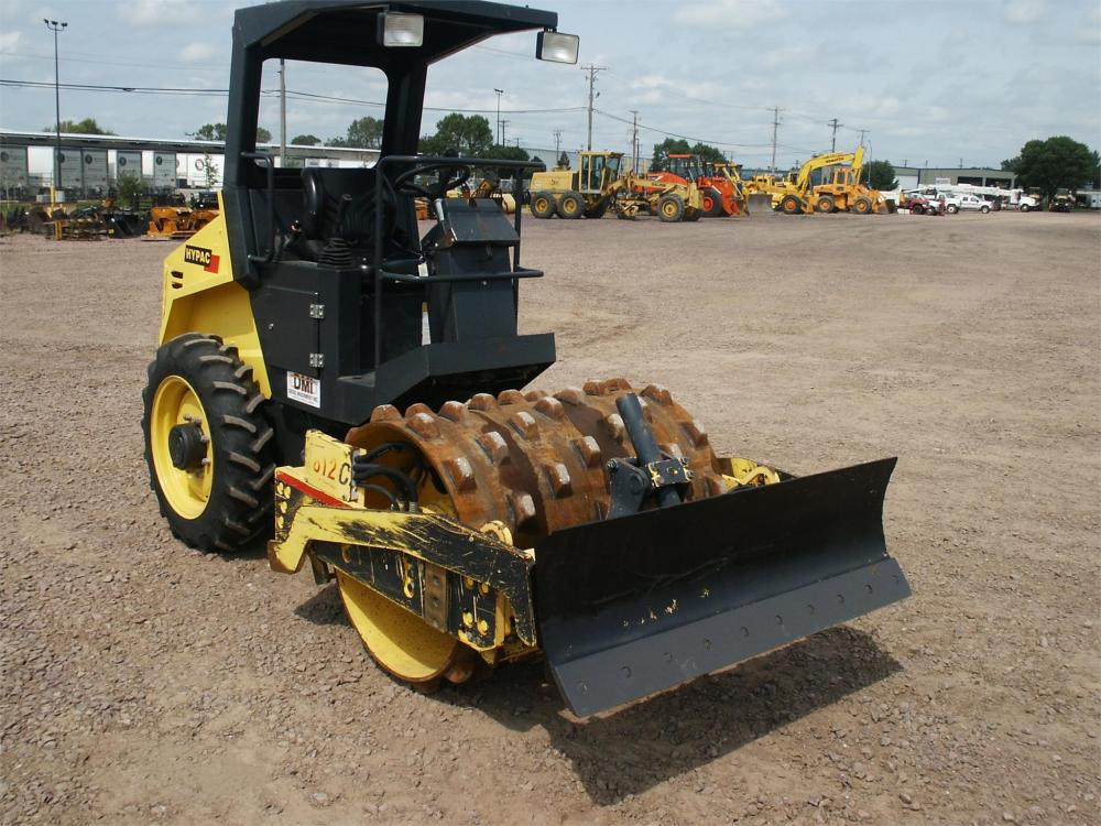 Detail photo of 2007 Hypac C812C from Construction Equipment Guide