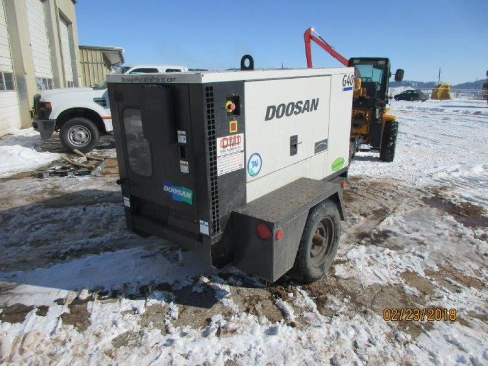 Detail photo of 2008 Doosan G40 from Construction Equipment Guide