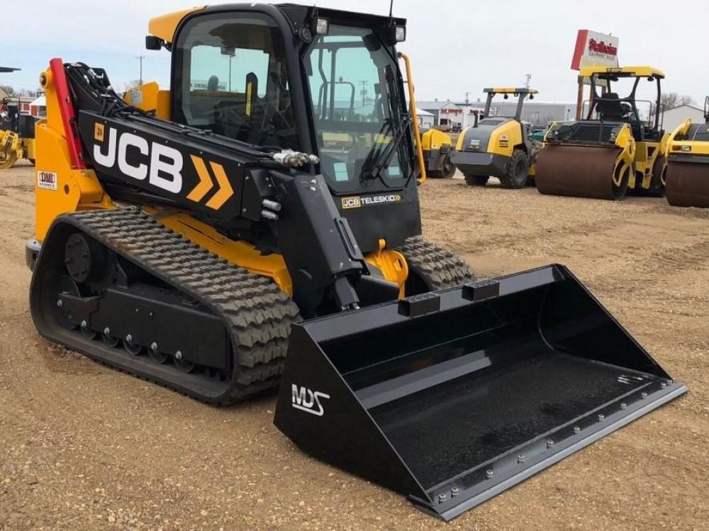 Detail photo of 2017 JCB 3TS-8T from Construction Equipment Guide
