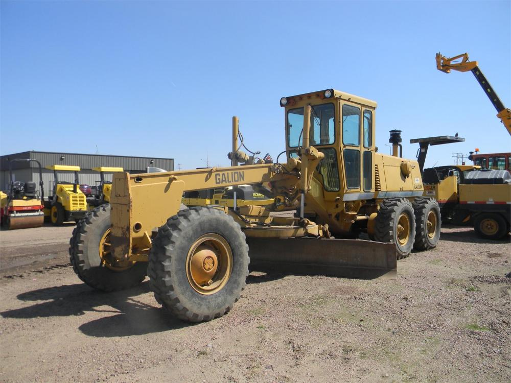 Detail photo of 1984 Galion A-550 from Construction Equipment Guide