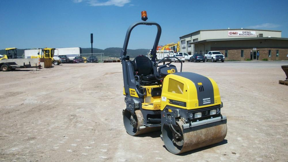 Detail photo of 2015 Dynapac CC1000 from Construction Equipment Guide