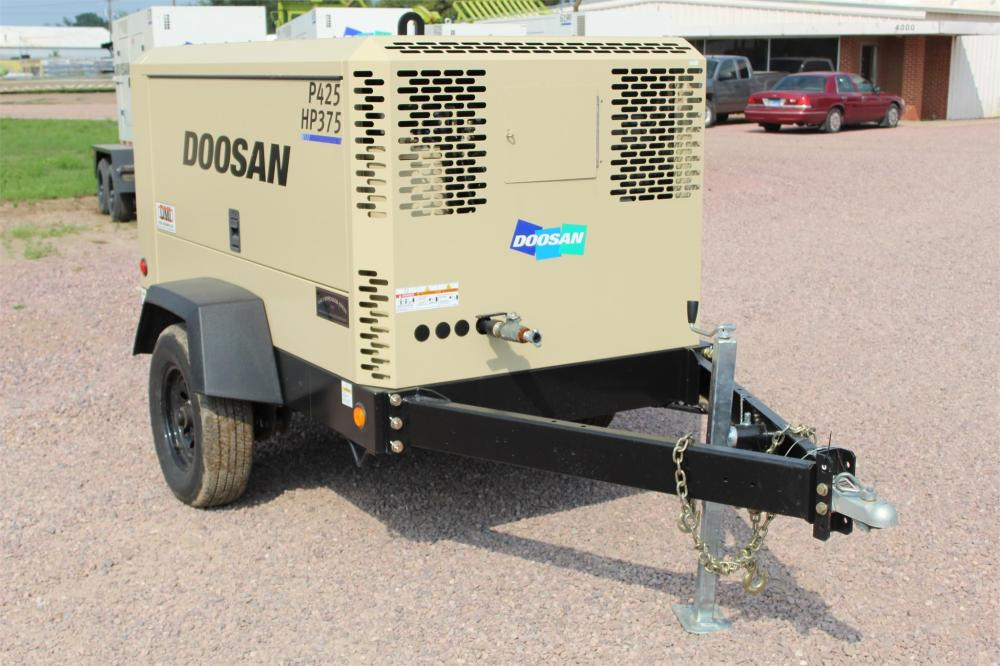 Detail photo of 2016 Doosan Portable Power P425/HP375WCU-T4I from Construction Equipment Guide