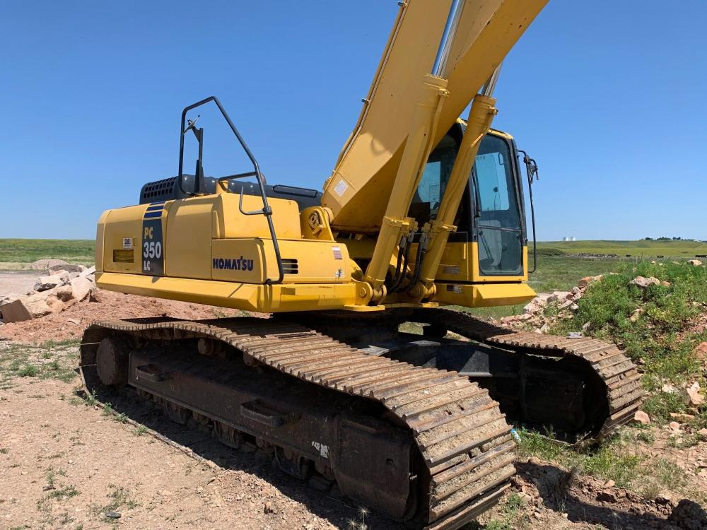 Detail photo of 2011 Komatsu PC350LC-8 from Construction Equipment Guide