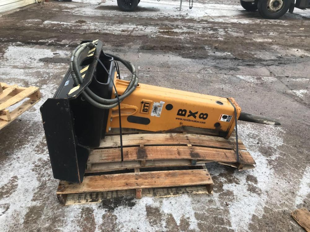 Detail photo of 2013 BTI BX8-HYDRAULIC BREAKER, 800 FT LB CLASS, FITS: UNIV from Construction Equipment Guide