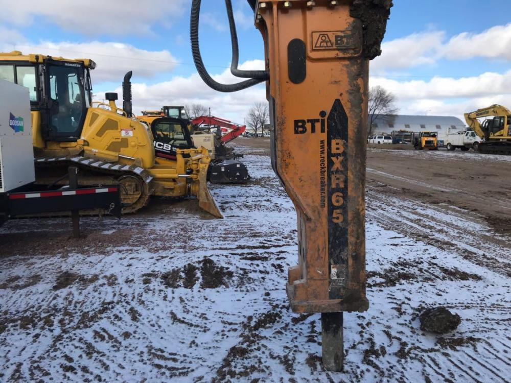 Detail photo of 2018 BTI BXR65 from Construction Equipment Guide