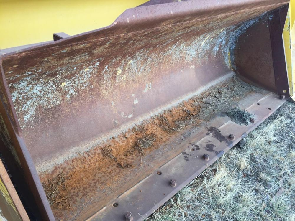 Detail photo of  Komatsu 2.75 CU YD, GP BUCKET WITH BOCE, PIN ON, FITS: WA from Construction Equipment Guide