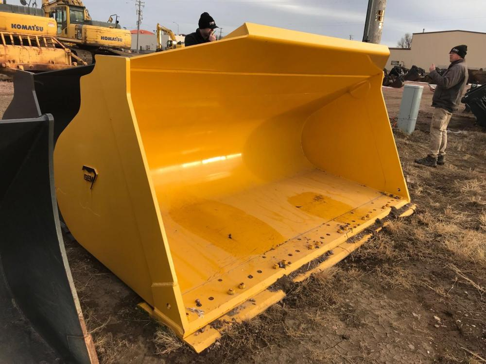 Detail photo of 2016 GEM 7.5 CU YD, GP BUCKET WITH BOCE, PIN ON, FITS: WA 5 from Construction Equipment Guide